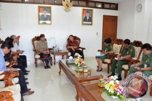Gubernur Harapkan ISI Denpasar Masuk Bagian PKB