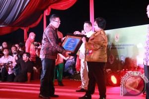 Pemkab Gianyar Raih Dua Penghargaan Lingkungan Hidup