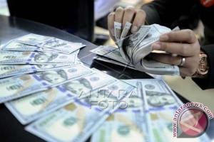 Dolar AS Melemah Jelang Pernyataan Federal Reserve
