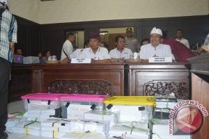 SURYA Tolak Hasil Pleno KPU Buleleng, Ancam Gugat Hingga PTUN