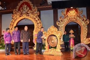 Pastika Buka Pameran Pembangunan Provinsi Bali