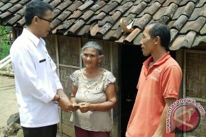 Pastika Bantu Warga Miskin Di Dua Kabupaten