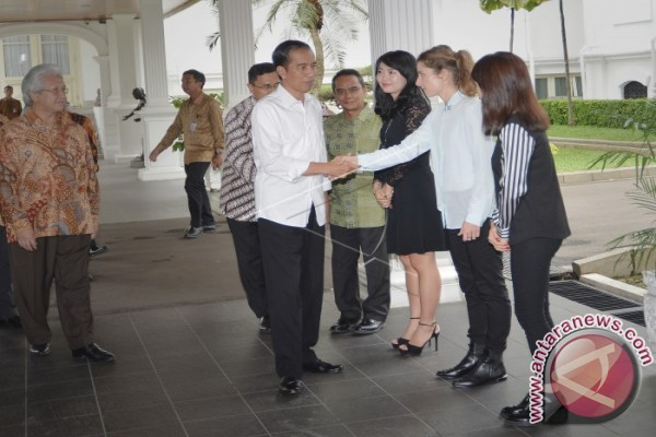 Jokowi Wants Sea to Become APEC Economic Development Center