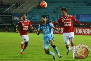 Persela Kalahkan Bali United 3-0