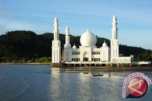 Presiden Resmikan Masjid Agung Kayong Utara