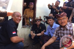 Ormas Laskar Bali Bantu Rumah Di Bangli