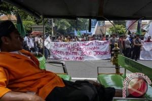 Unjuk Rasa Dua Tahun Pemerintahan Jokowi-JK
