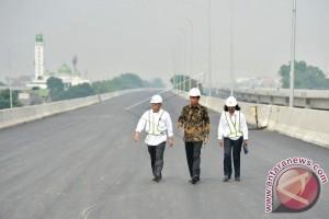 Presiden Tinjau Proyek Jalan Tol Becakayu