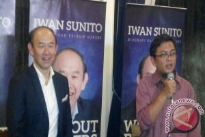 Iwan Sunito Luncurkan Buku Biografi Kehidupan