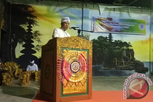 Dirjen Bimas Hindu : Upacara Metatah Massal Bermakna