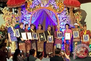 Yayasan Tri Hita Karana Beri Penghargaan