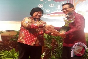 Desa Bukti Raih Penghargaan Nasional Kampung Iklim