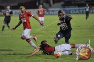 Bali United Tahan Imbang Arema 2-2