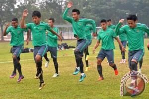 Latihan Tim Nasional Sepak Bola Indonesia