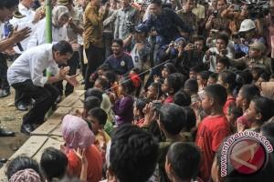 Presiden Kunjungi Korban Gempa di RSUD Sigli