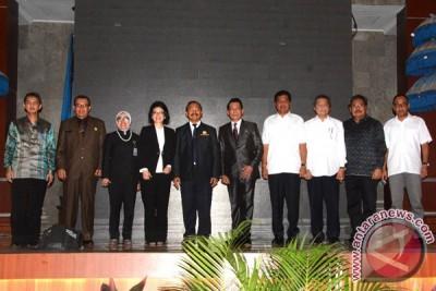 Wagub Bali Ajak Mahasiswa Tingkatkan Kepedulian Sosial