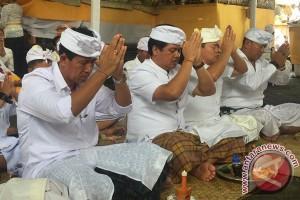 Wagub Bali: Jaga Aura Positif Pura