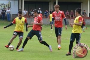 Bali United Belum Rekrut Pemain Asing