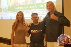 Mantan Artis Hollywood Dukung Pelestarian Mangrove Bali
