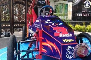 Rektor Undiksha Dukung Penuh Riset Mobil Listrik