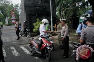 Pegawai Pemkab Jembrana Dirazia Surat Kendaraan