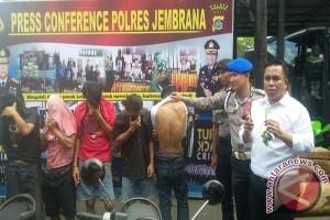 Polisi Tangkap Komplotan Geng Naga Hitam