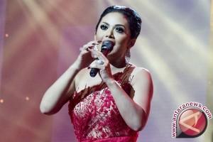 Krisdayanti akan Nyanyikan 29 Lagu di Malaysia