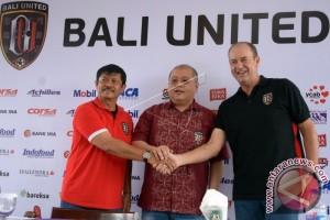 Pelatih Baru Bali United