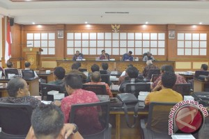 Wagub Bali Usulkan Penambahan Tunjangan Kepala Desa