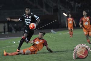Bali United Bermain Imbang Lawan Pusamania Borneo