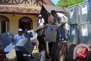 KPU Buleleng Distribusikan Logistik Pilkada