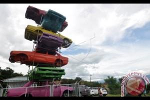 Obyek Wisata Bangkai Mobil