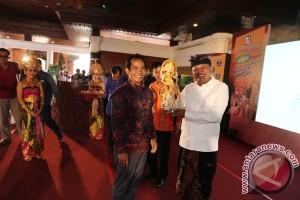 Bantu Finansial Masyarakat Gianyar, Wabup Mahayastra Sambut Peran Serta BPR. Nusamba Group