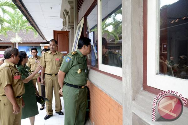 Wagub Bali Pantau Pelaksanaan USBN SMA