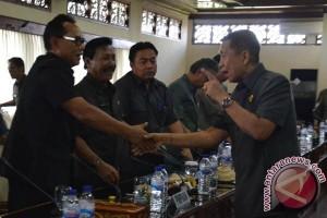 DPRD Buleleng Evaluasi Kinerja Pegawai Kontrak