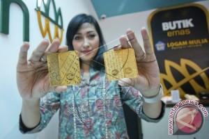 Harga Emas Batangan PT Antam Tidak Bergerak