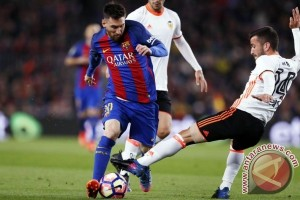 Barcelona Lumat 10 Pemain Valencia 4-2