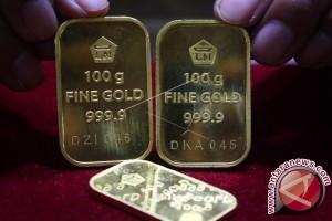 Emas Berjangka Turun Karena Dolar dan Ekuitas AS Menguat