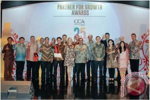 Coca-Cola Amatil Indonesia Mengumumkan 12 Pemenang Partner for Growth Awards