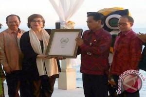 Tripadvisor Serahkan Penghargaan Destinasi Terbaik Kepada Bali