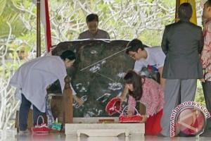 Megawati Tidak Berkomentar Saat Ziarah ke Makam Bung Karno