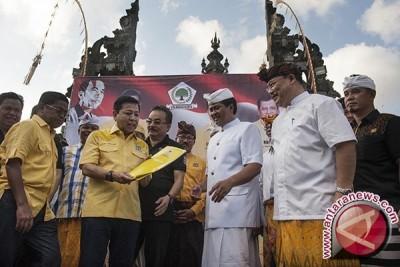 Ketua Umum Golkar Umumkan Rekomendasi Cagub Sudikerta