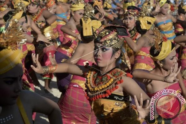 Festival Bahari 2017 di Tanjung Benoa Meriah (video)