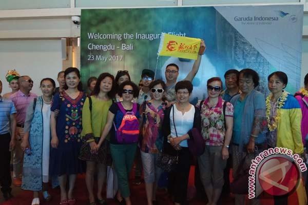 Penumpang Garuda berkurang akibat penutupan toko China