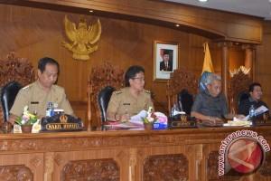 Pemkab-DPRD Badung Bahas APBD Perubahan 2017