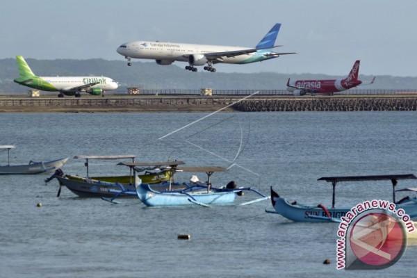 Puluhan Penerbangan di Bali Terganggu Cuaca Buruk