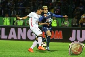 Arema Kandaskan Bali United 2-0
