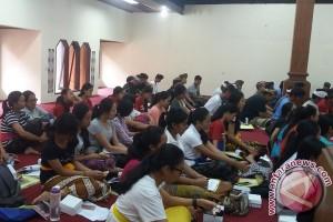 """Siswa Denpasar Isi Liburan Dengan """"Widya Budaya"""""""