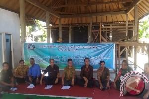 "Pascasarjana Undiksha ""Bedah Kampung"" Nelayan Pesisir Banyuning (Video)"