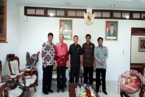 Pembari Bertemu Gubernur Bahas Pembangunan Bandara Bali Utara